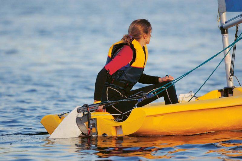 Für Segelanfänger bietet sich ein Kurs in einer der zahlreichen Segelschulen an.