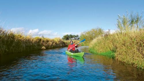 Wo einst Wikinger ihre Güter Richtung Nordsee schifften, tummeln sich heute Kanu- und Kajakfahrer.
