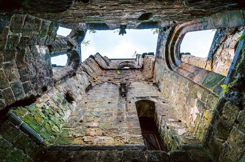 Wie eine Kathedrale, die in den Himmel strebt:  die Ruine der Burg- und Klosteranlage Oybin