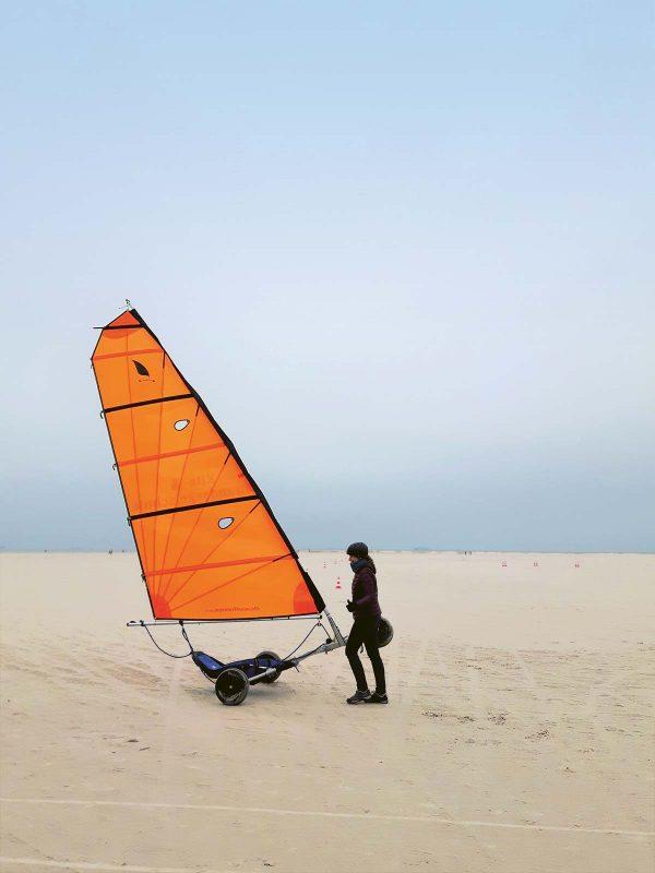 Strandsegeln: bei entsprechendem Wind eine rasante Angelegenheit