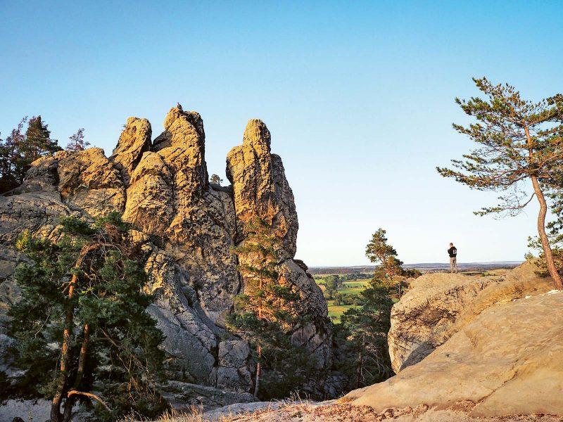 Drei Felsnadeln bilden das Hamburger Wappen, eine markante Gesteinsformation nahe Timmenrode.